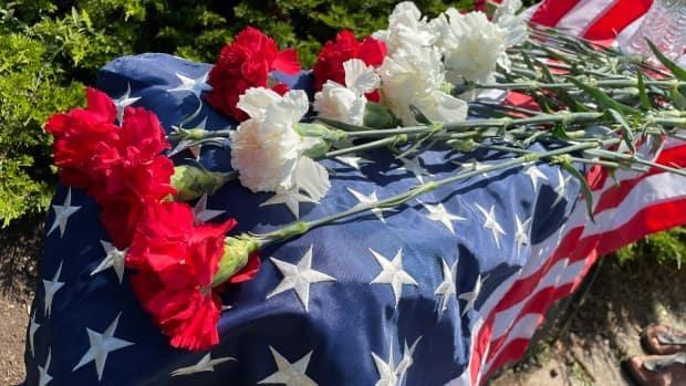 Toronto and Mississauga residents paid tribute on Saturday to those who died in the Sept. 11, 2001 terrorist attacks in the U.S. (Michael Charles Cole/CBC - image credit)