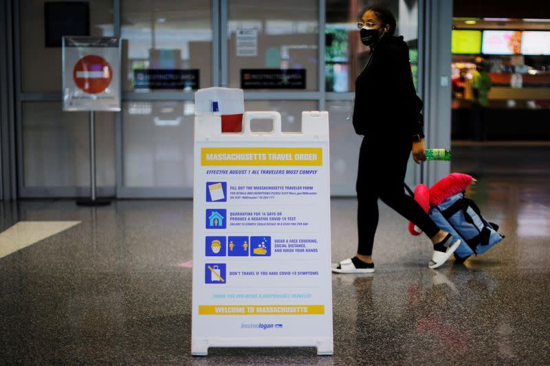Trump weighs blocking U.S. citizens coming home if coronavirus infection feared