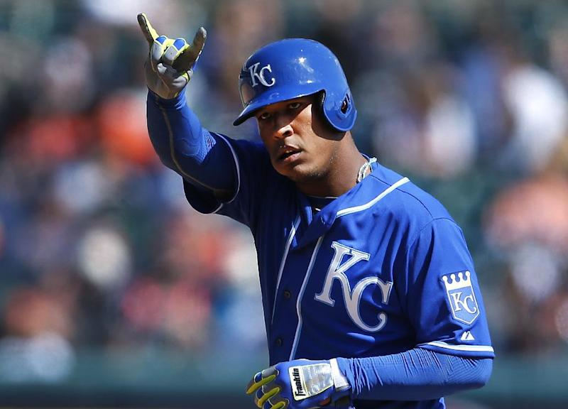 Royals head home for opener against White Sox