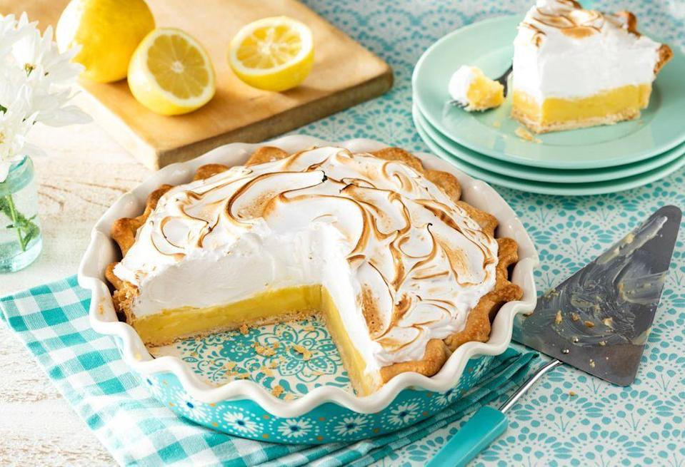 """<p>The trick to this creamy meringue topping is using a kitchen torch to make it nice and toasty. Alternatively, place the whole pie under the broiler for about a minute—just be careful it doesn't touch the top of the broiler! </p><p><a href=""""https://www.thepioneerwoman.com/food-cooking/a36212355/classic-lemon-meringue-pie/"""" rel=""""nofollow noopener"""" target=""""_blank"""" data-ylk=""""slk:Get the recipe."""" class=""""link rapid-noclick-resp""""><strong>Get the recipe. </strong></a></p><p><a class=""""link rapid-noclick-resp"""" href=""""https://go.redirectingat.com?id=74968X1596630&url=https%3A%2F%2Fwww.walmart.com%2Fsearch%2F%3Fquery%3Dkitchen%2Btorch&sref=https%3A%2F%2Fwww.thepioneerwoman.com%2Ffood-cooking%2Fmeals-menus%2Fg36558208%2Fsummer-pie-recipes%2F"""" rel=""""nofollow noopener"""" target=""""_blank"""" data-ylk=""""slk:SHOP KITCHEN TORCHES"""">SHOP KITCHEN TORCHES</a></p>"""