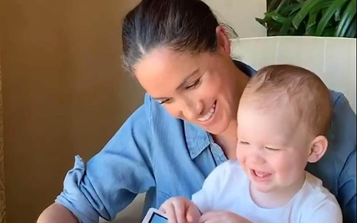 The Duchess of Sussex reads Duck! Rabbit! to Archie on his first birthday - THE DUKE AND DUCHESS OF SUSSEX