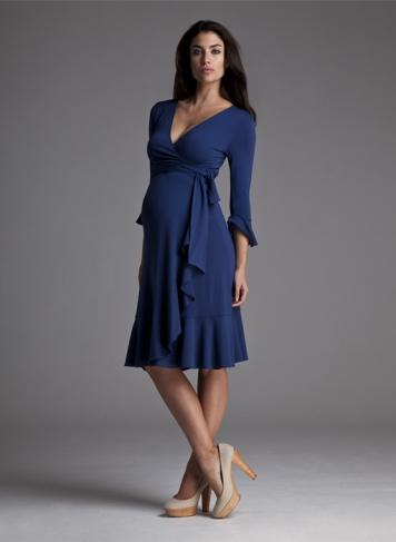 """<div class=""""caption-credit""""> Photo by: Isabella Oliver</div><div class=""""caption-title""""></div>Isabella Oliver's blue wrap dress for future moms ($84.50) is a daytime version of Kate's iconic engagement dress. <br>"""