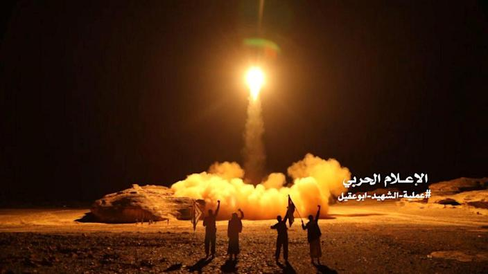 A photo distributed by the Houthi Military Media Unit shows the launch by Houthi forces of a ballistic missile aimed at Saudi Arabia, March 25, 2018. (Photo: Houthi Military Media Unit/Handout via Reuters)