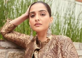 'Can't believe someone who acted in The Zoya Factor is giving advice': Twitter trolls Sonam Kapoor for saying don't vote for conservatives
