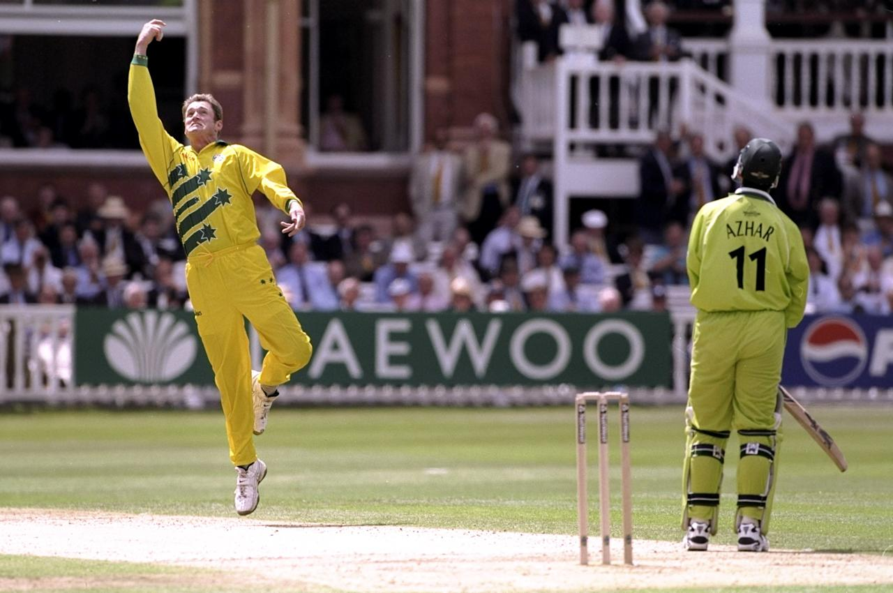 20 Jun 1999:  Tom Moody of Australia catches Azhar Mahmood of Pakistan in the Cricket World Cup Final at Lord's in London. Australia won by 8 wickets. \ Mandatory Credit: Laurence Griffiths /Allsport