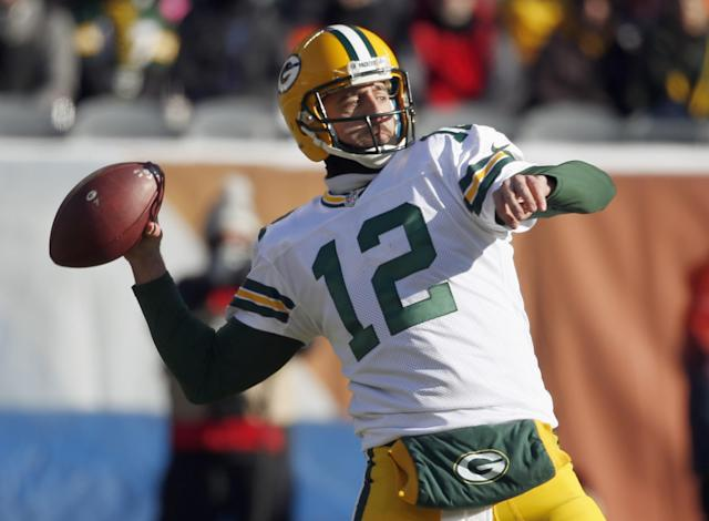 Aaron Rodgers delivered a throw that saved the Green Bay Packers against the Chicago Bears. (AP)