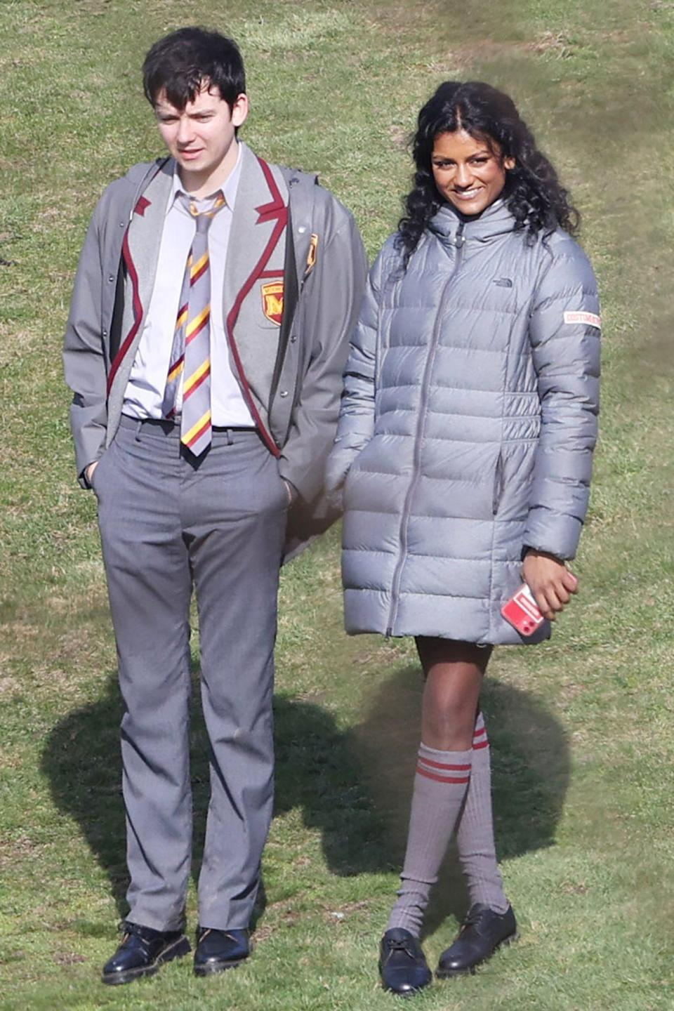<p><em>Bridgerton</em>'s new star Simone Ashley is seen filming <em>Sex Education</em> in Kent, alongside co-stars Asa Butterfield, Aimee Lou Wood and Emma Mackey.</p>