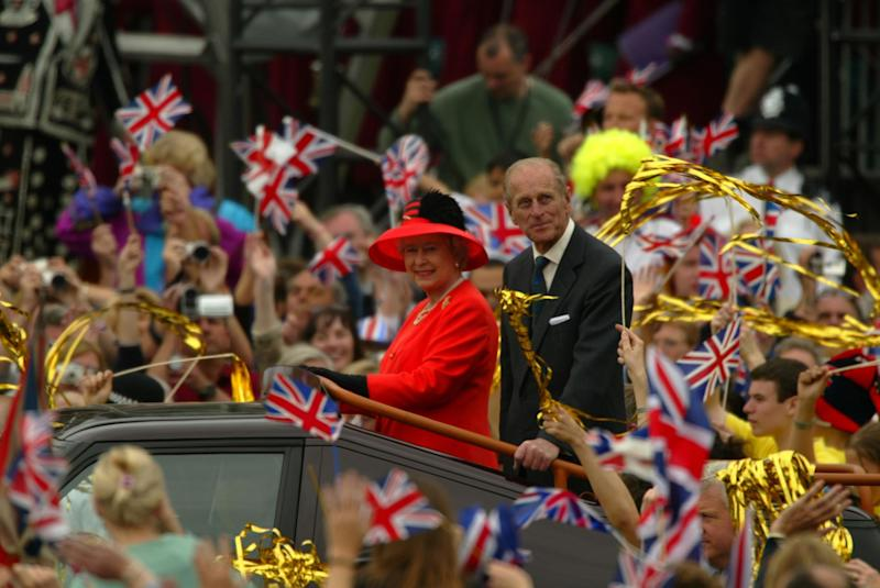 The Queen and Prince Philip celebrating the Golden Jubilee in 2002 (Georges De Keerle/Getty Image)