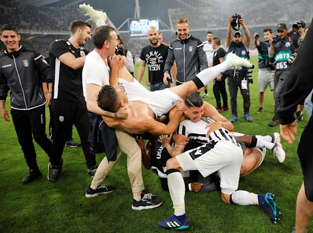 Soccer Football - Greek Cup Final - AEK Athens vs PAOK Salonika - Athens Olympic Stadium, Athens, Greece - May 12, 2018 PAOK Salonika celebrate winning the Greek Cup after the match REUTERS/Alkis Konstantinidis