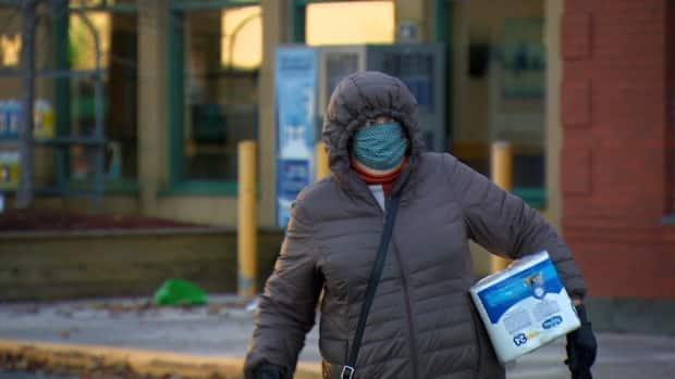 Newfoundland and Labrador's active COVID-19 caseload has dropped from a high of 434 on Feb. 20 to just a single case as of Thursday. (John Pike/CBC - image credit)