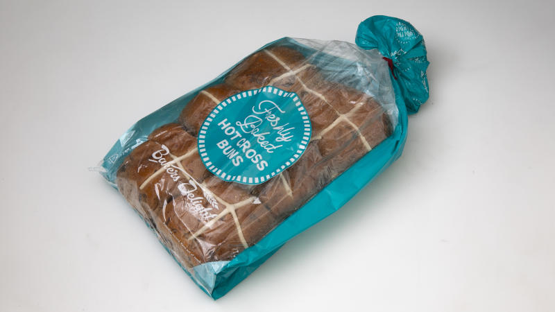 Bakers Delight Traditional Fruit Hot Cross Buns