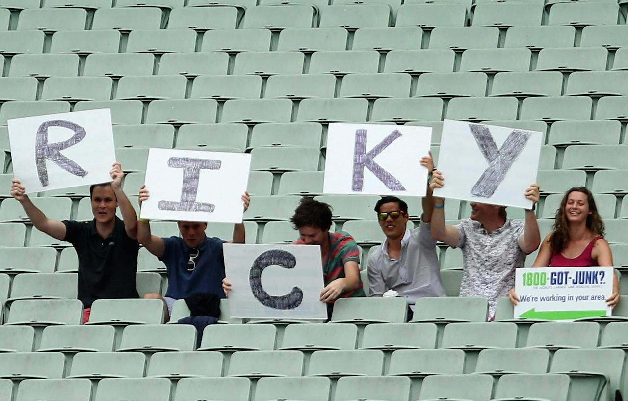 MELBOURNE, AUSTRALIA - OCTOBER 23: Fans support Ricky Ponting during day one of the Sheffield Shield match between the Victorian Bushrangers and the Tasmanian Tigers at Melbourne Cricket Ground on October 23, 2012 in Melbourne, Australia.  (Photo by Lucas Dawson/Getty Images)