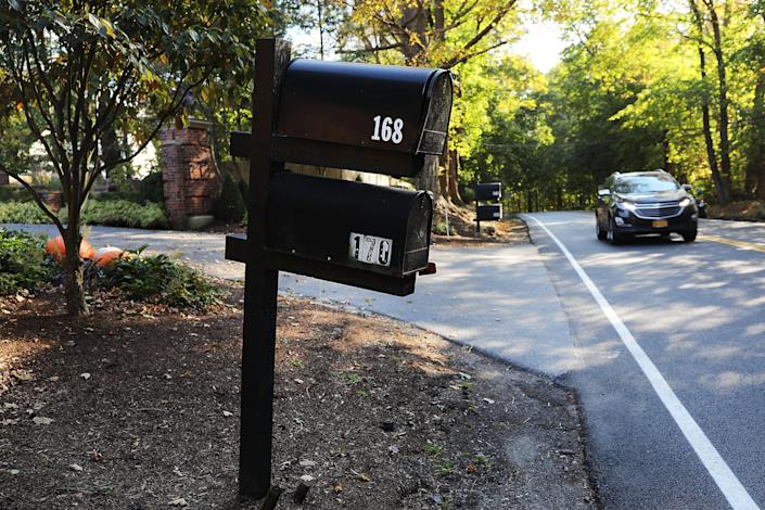 <p>A mailbox stands in front of the Bedford residence of billionaire George Soros on Oct. 23, 2018 in Katonah, New York (Photo: Spencer Platt/Getty Images) </p>