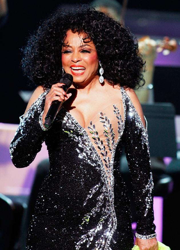Diana Ross performs at Caesars Circus Maximus Showroom on May 21, 2010 in Atlantic City, New Jersey.  (Photo by Donald Kravitz/Getty Images)
