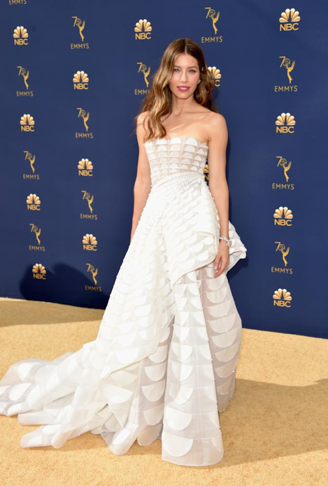 <p>Jessica Biel looked ethereal in a custom Ralph & Russo gown. (Photo: Getty Images) </p>