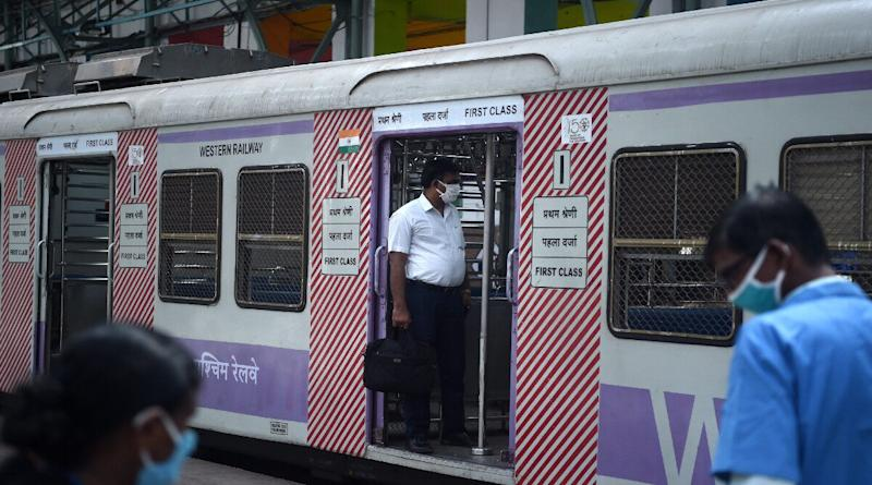 Mumbai: Local Train Services to be Expanded From July 1 For Essential Service Providers, No General Passenger Allowed