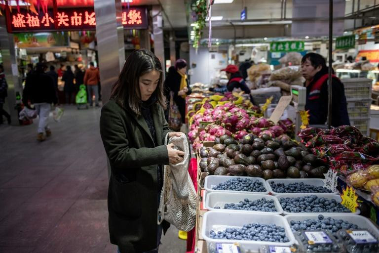 The zero-waste movement is also becoming popular amongst the public in China, with a growing number keen to embrace and spread the message of mindful consumption (AFP Photo/NICOLAS ASFOURI)