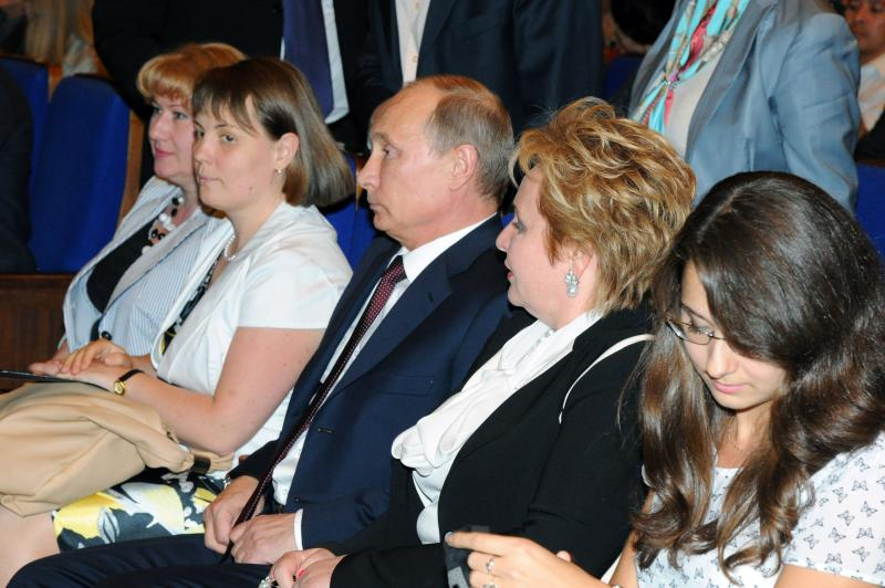 "Russian President Vladimir Putin, third right,  and his wife Lyudmila, second right, attend the ballet ""La Esmeralda"" in the Kremlin Palace in Moscow, Russia, Thursday, June 6, 2013.  (AP Photo/RIA-Novosti, Mikhail Klimentyev, Presidential Press Service)"