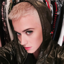 <p>The singer is owning her beauty chameleon status with her super-short pixie. (Photo: Instagram/katyperry) </p>