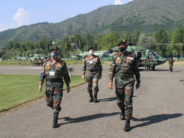 Visual of the Indian Army officials in Kashmir Valley (Photo/ANI)