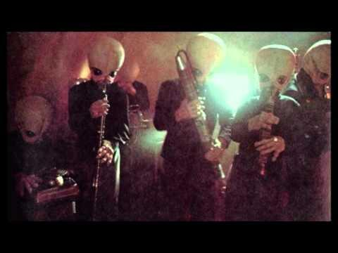 """<p>Basically the Rolling Stones of A Galaxy Far, Far Away. Any party with these space rockers is immediately lit. </p><p><a href=""""https://www.youtube.com/watch?v=ZZ2F-gVxX7s"""" rel=""""nofollow noopener"""" target=""""_blank"""" data-ylk=""""slk:See the original post on Youtube"""" class=""""link rapid-noclick-resp"""">See the original post on Youtube</a></p>"""