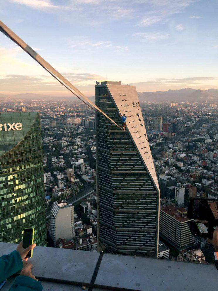 The wire was 246m above Mexico City [CEN]