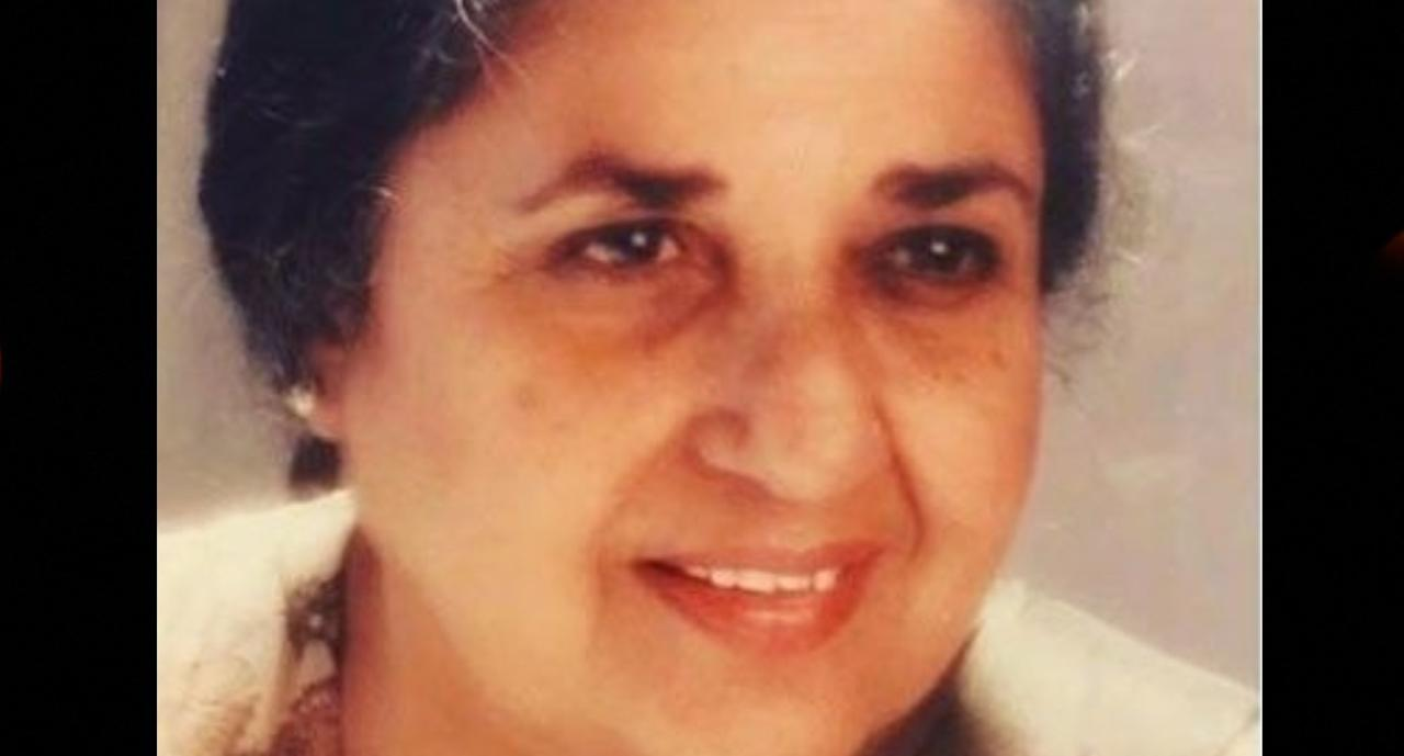 <p>Aged: 87<br />Cause of death: Natural (Old age)<br />Popularly known as 'Shammi aunty', Nargis Rabadi was an Indian film actress who appeared in over two hundred Hindi films. Shammi remained a sought-after with filmmakers when it came to goofy and comic roles. </p>