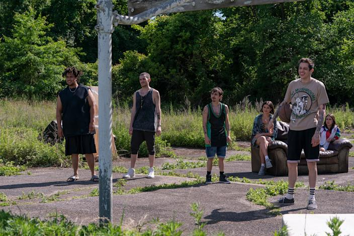 "<h1 class=""title"">THE KING OF STATEN ISLAND</h1> <div class=""caption""> The production team stumbled on this basketball court, which was used for the characters to shoot hoops. </div> <cite class=""credit"">Photo: Mary Cybulski / Universal Pictures</cite>"