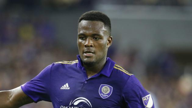 Orlando City striker Larin arrested on DUI charge
