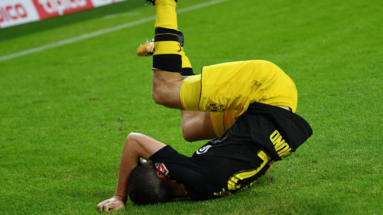 The Borussia Dortmund attacker's goal celebration didn't go as planned against Hamburg and the league's social media account took notice