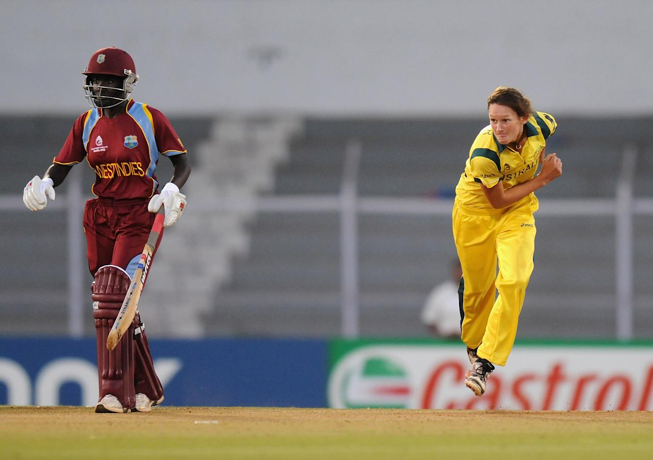 MUMBAI, INDIA - FEBRUARY 17:  Julie Hunter of Australia bowls during the final between Australia and West Indies held at the CCI (Cricket Club of India) stadium on February 17, 2013 in Mumbai, India.  (Photo by Pal Pillai/Getty Images)