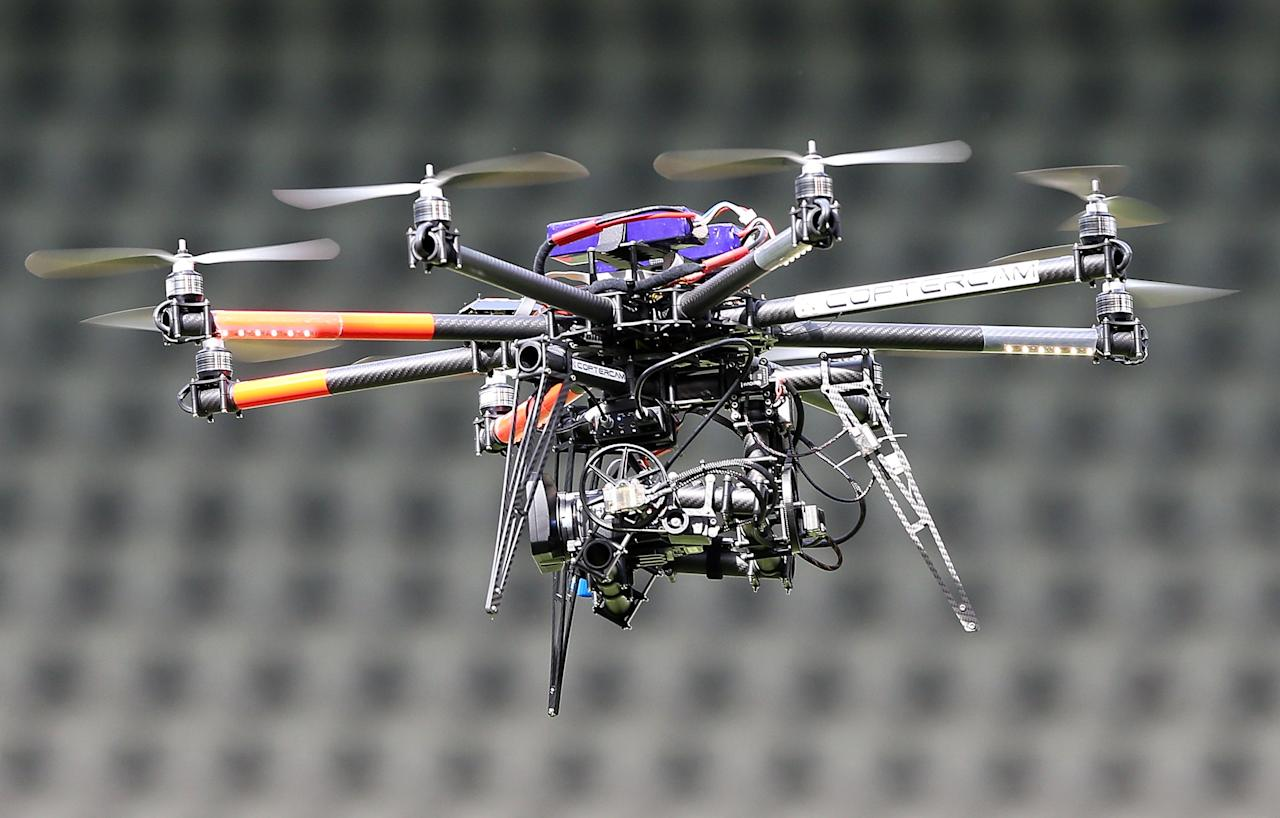 MELBOURNE, AUSTRALIA - DECEMBER 22:  The Foxtel Coptercam hovers over the pitch before the Big Bash League match between the Melbourne Renegades and the Brisbane Heat at Etihad Stadium on December 22, 2012 in Melbourne, Australia.  (Photo by Michael Dodge/Getty Images)