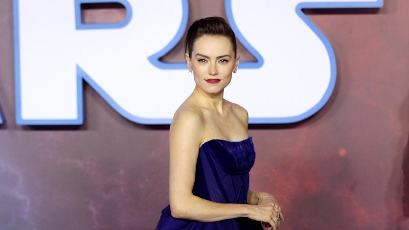 Daisy Ridley reveals details of 'upsetting' Star Wars scene with Carrie Fisher