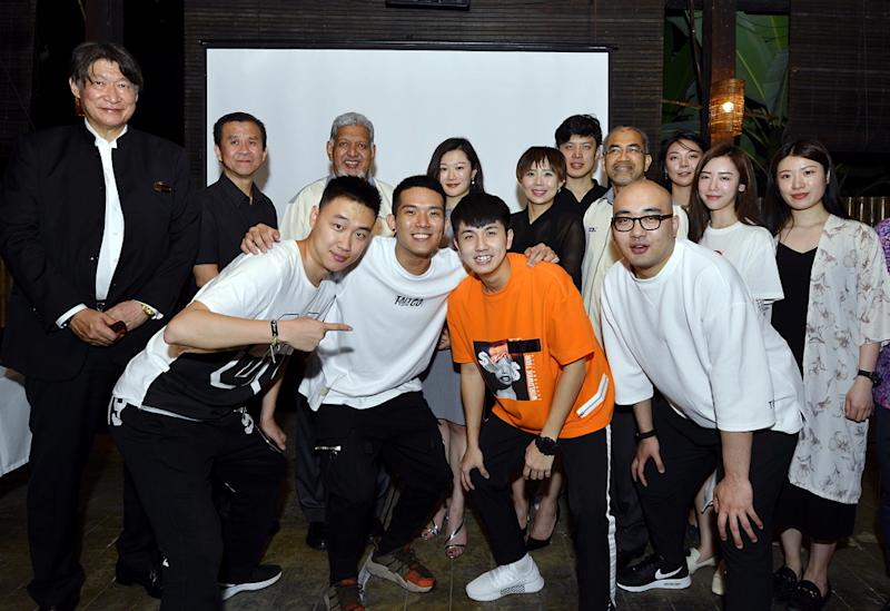 Tencent's short film team poses for photos with Tourism Malaysia officials. — Picture by Ham Abu Bakar