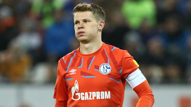 "Bayern Munich were ""smart"" to reach an agreement to sign the ""very courageous"" Alexander Nubel on a free transfer, according to Oliver Kahn."
