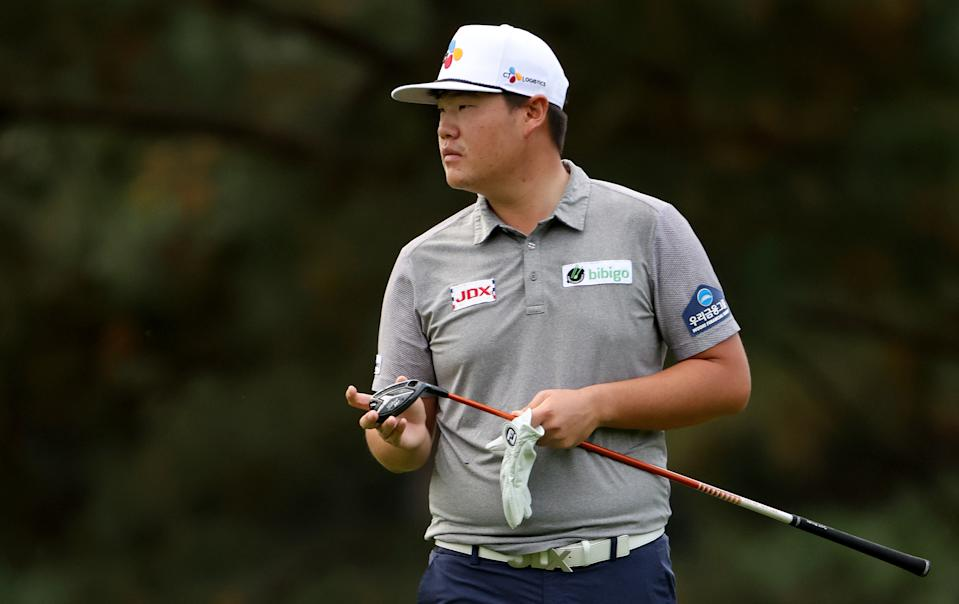 Sungjae Im is one stroke off the lead at Augusta. (Photo by Jamie Squire/Getty Images)