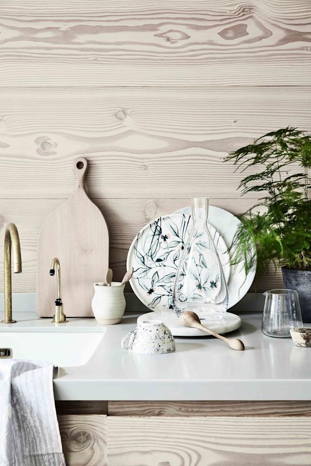 <p>Pare back and let the beauty of natural materials shine through.</p><p>Exquisite hand-painted ceramics, sophisticated marble and light-toned woods come together to look simply beautiful.</p>