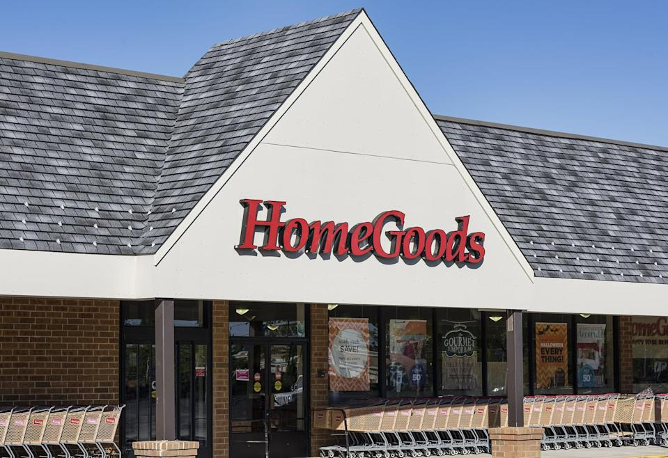 MOUNT LAURAL, NEW JERSEY, UNITED STATES - 2014/08/28: Home Goods furnishing store exterior. (Photo by John Greim/LightRocket via Getty Images)