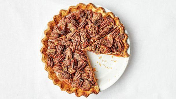 PHOTO: Pecan Rye Pumpkin Pie (Alex Lau, Bon Appetit)