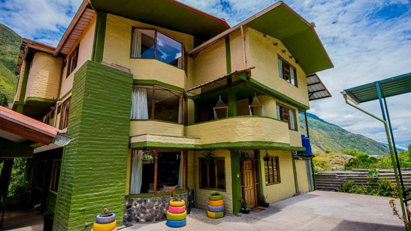 Couple raffling off eco-friendly lodge in Ecuador