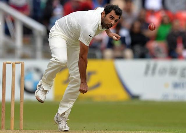 India's Mohammed Shami bowls on the third day of the cricket match against Leicestershire at Grace Road in Leicester, England on June 28, 2014 (AFP Photo/Paul Ellis)