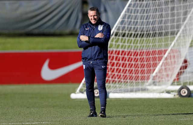 Soccer Football - England Under 21 Training - St. George's Park, Burton upon Trent, Britain - November 8, 2017 England Under 21 manager Aidy Boothroyd during training Action Images via Reuters/Carl Recine
