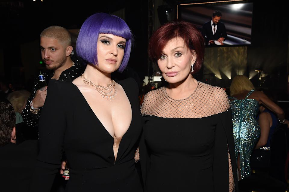 WEST HOLLYWOOD, CALIFORNIA - FEBRUARY 09: (L-R) Kelly Osbourne and Sharon Osbourne attend the 28th Annual Elton John AIDS Foundation Academy Awards Viewing Party sponsored by IMDb, Neuro Drinks and Walmart on February 09, 2020 in West Hollywood, California. (Photo by Michael Kovac/Getty Images for EJAF)