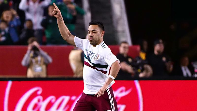 Strong second half sees Mexico smash Iceland