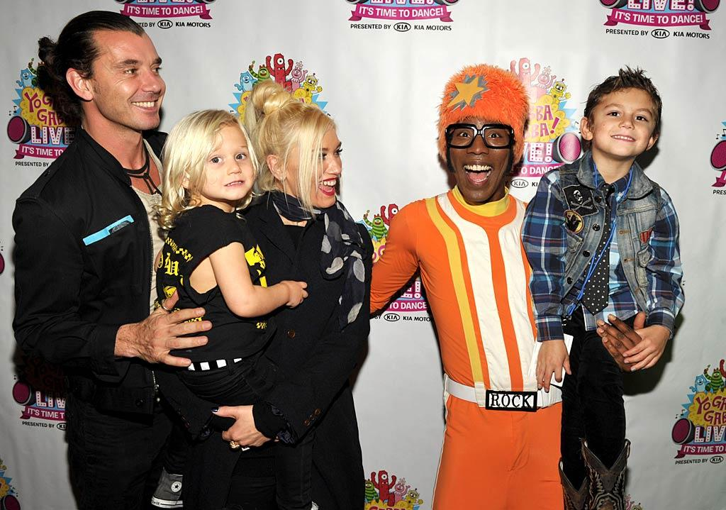 Despite what cool parents Gavin Rossdale and Gwen Stefani are, their little guys -- 3-year-old Zuma and 5-year-old Kingston -- still prefer goofy kids' music over rock. The family hit the Yo Gabba Gabba! Live! concert in Los Angeles last weekend, where they were greeted by DJ Lance Rock on the red carpet. (11/25/2011)