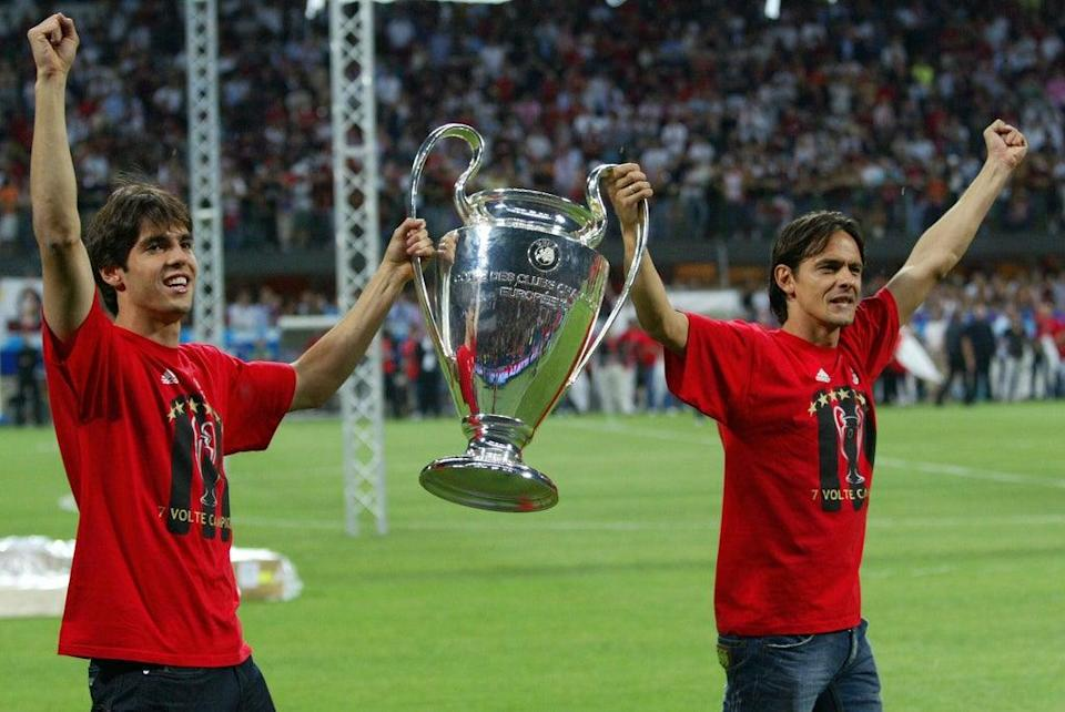 Kaka (L) and Filippo Inzaghi celebrate Milan's 2007 UCL triumph (AFP via Getty Images)