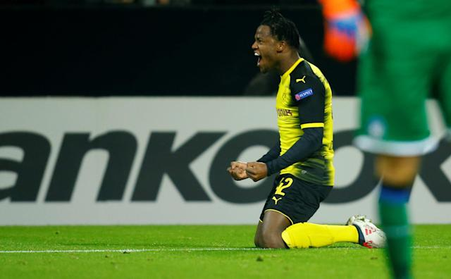Soccer Football - Europa League Round of 32 First Leg - Borussia Dortmund vs Atalanta - Signal Iduna Park, Dortmund, Germany - February 15, 2018 Borussia Dortmund's Michy Batshuayi celebrates scoring their second goal REUTERS/Leon Kuegeler