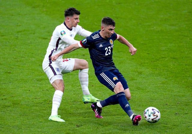 Billy Gilmour holds off Mason Mount