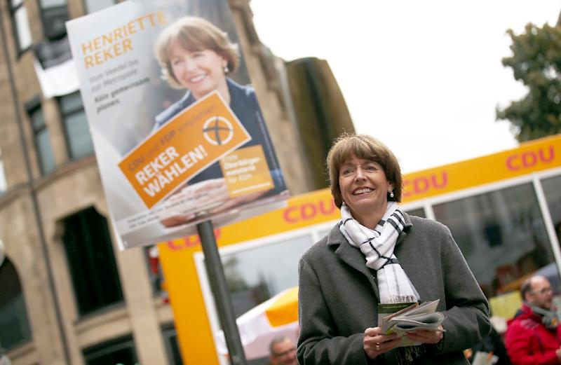 Henriette Reker, a prominent candidate for the mayoral election in Cologne, is seen campaigning in the western German city on October 16, 2015 (AFP Photo/Oliver Berg )