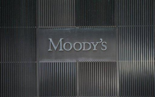 Moody's cuts AAA rating of ESM rescue fund